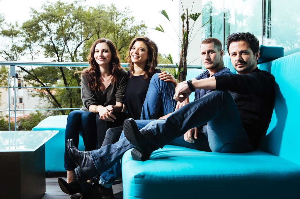 luis-tierrasnegras-revista-quien-the-night-shift-jill-flint-freddy-rodriguez-002